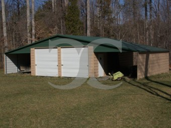 Continuous Roof Barn | Boxed Eave Roof | 46W x 31L x 10H | Enclosed Barn
