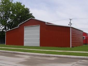 Carolina Barn | Boxed Eave Roof | 44W x 26L x 11H | Raised Center Aisle