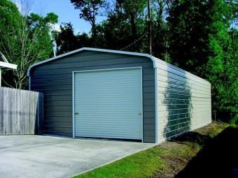 Garage   Regular Roof   20W x 31L x 10H    Enclosed Metal Garage